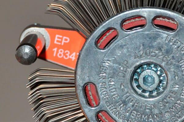Bristle Blaster removes corrosion